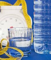 نوشیدن آب قبل از غذا باعث لاغری میشود