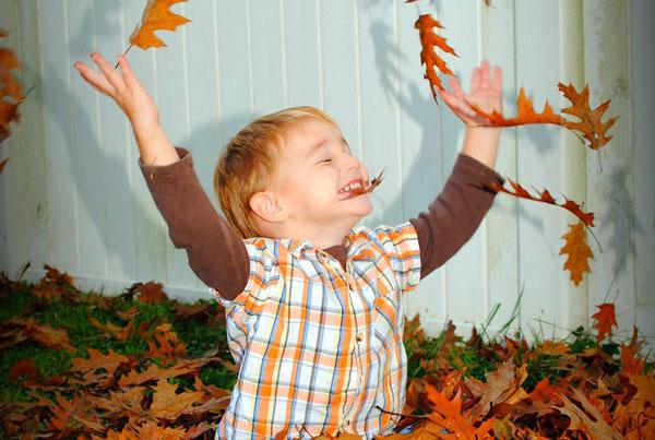 مراقب کودکانتان در فصل پاییز باشید