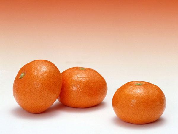 پیشگیری از چاقی با مصرف نارنگی
